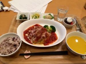 横浜元町の開運カフェ「はこにわプレート」